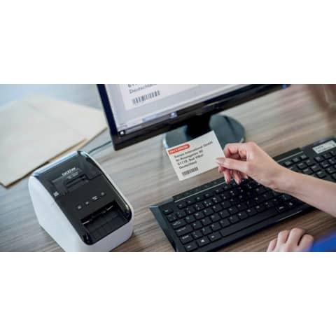 Etikettendrucker schwarz/weiß BROTHER QL810WZG1 Produktbild Anwendungsdarstellung 2 XL