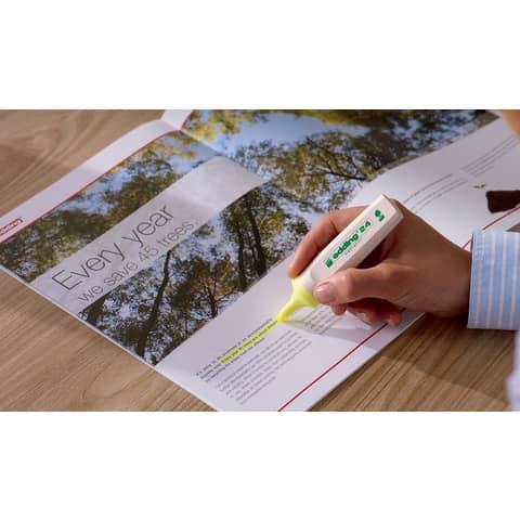 Textmarker EcoLine neongrün EDDING 24011 nachfüllbar Produktbild Anwendungsdarstellung XL